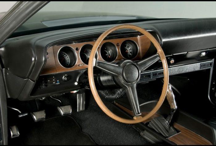 70-71 Dodge Challenger R/T - 09