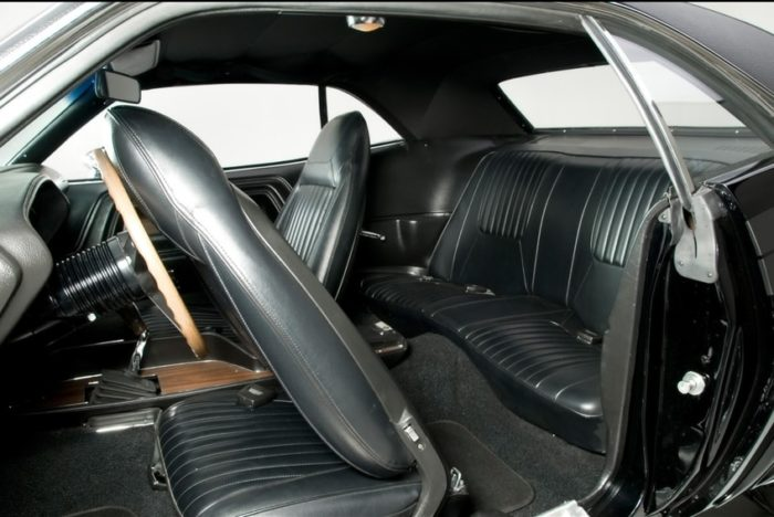 70-71 Dodge Challenger R/T - 10