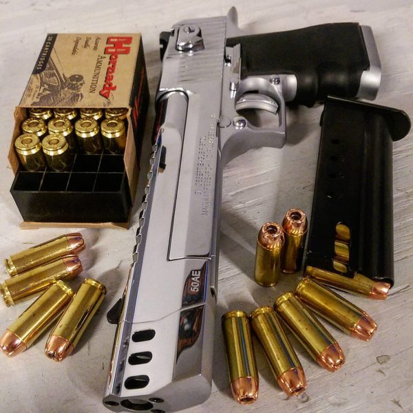оружие пистолеты и револьверы натюрморт - 03