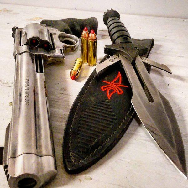 оружие пистолеты и револьверы натюрморт - 11