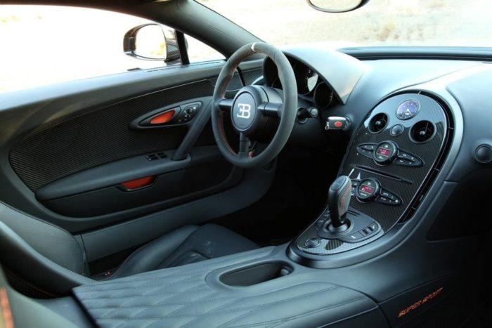 фото автомобиля Bugatti Veyron – 04