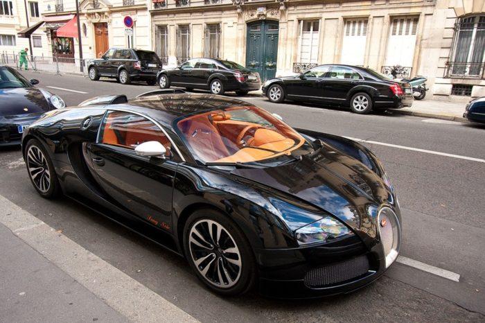 фото автомобиля Bugatti Veyron – 05