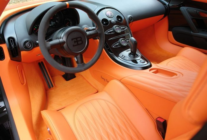 фото автомобиля Bugatti Veyron – 11