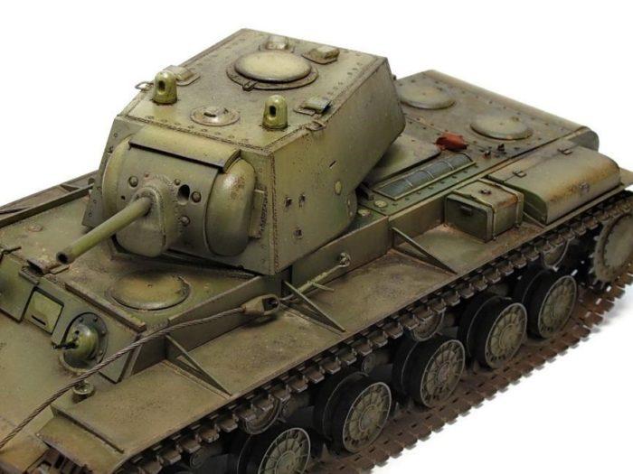 тяжелый танк КВ-1 - 10