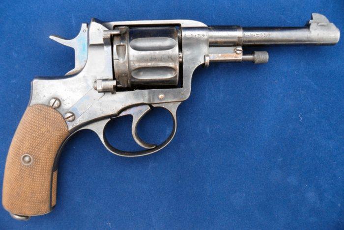 револьвер Наган - 03