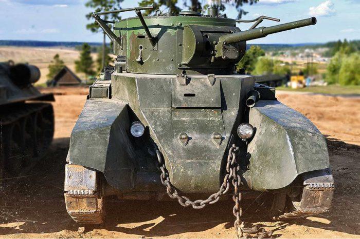 советский танк БТ-7 - 11