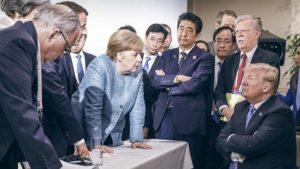 Михаил Хазин о панике западных элит